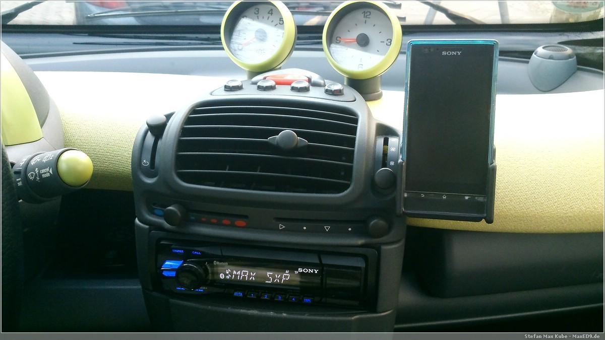 Radio und Handyhalterung