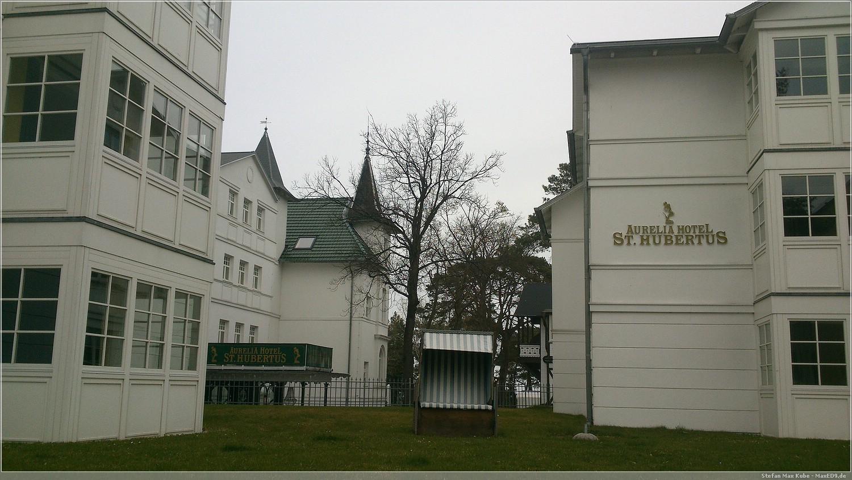 Das Hotel, Straßenseite