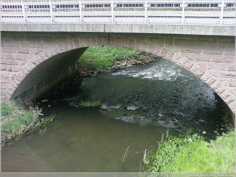 {10ygc} Brücke beim Heureka