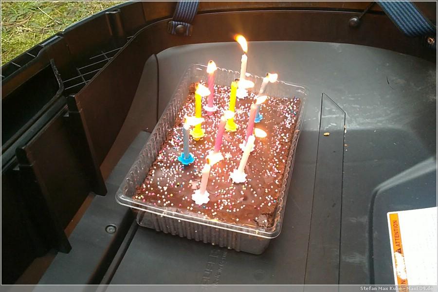 {cmty} 10 Kerzen zum Geburtstag