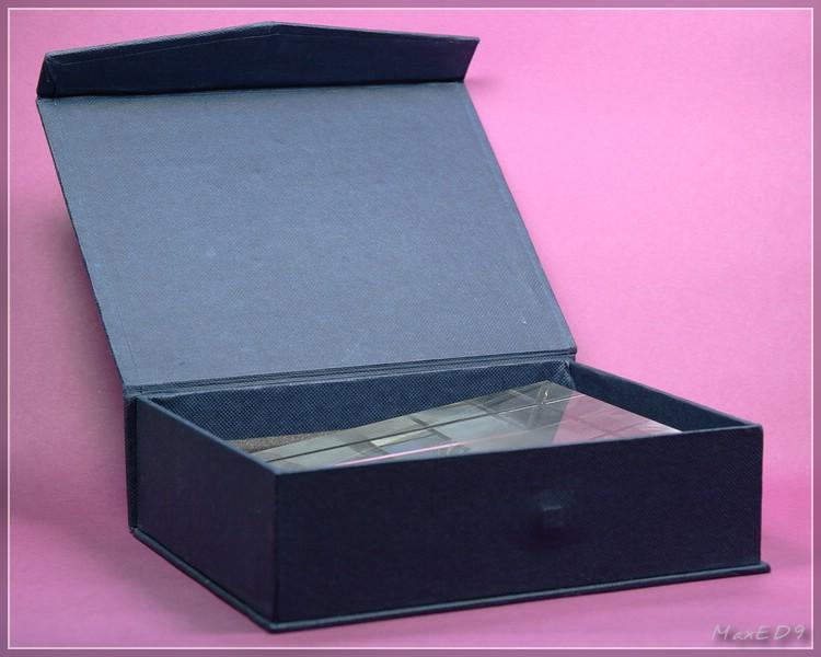 {pgf} der Geschenkkarton